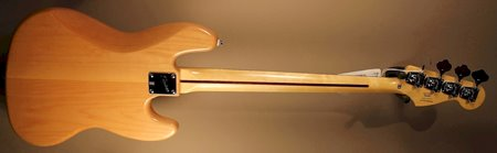 squier vintage modified 70s jazz bass back.JPG