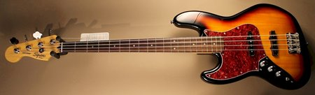 squier vintage modified jazz bass sunburst.JPG