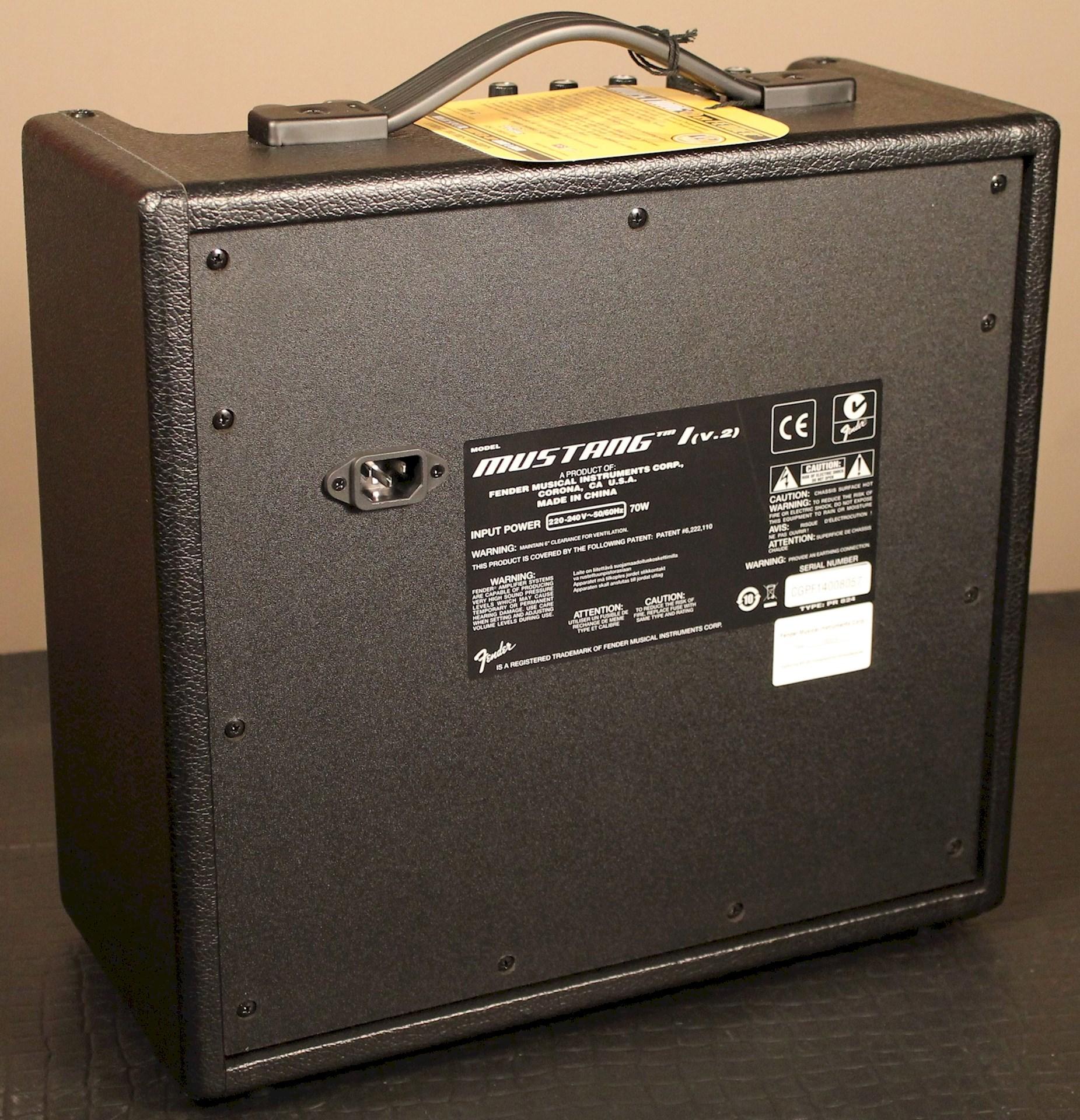 fender® forums • view topic - fender mustang 1 (v.2 ) amp outlet plug
