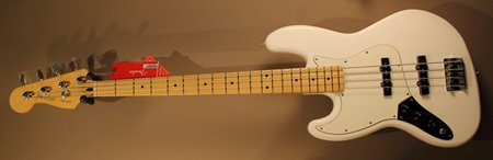 Fender Player Jazz bass PWT front.JPG