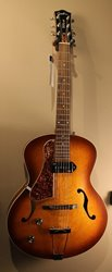 Godin 5th Avenue Kingpin P90 LH Cognac Burst ***SOLD***